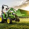 John Deere: il compatto 3038E, potente e versatile
