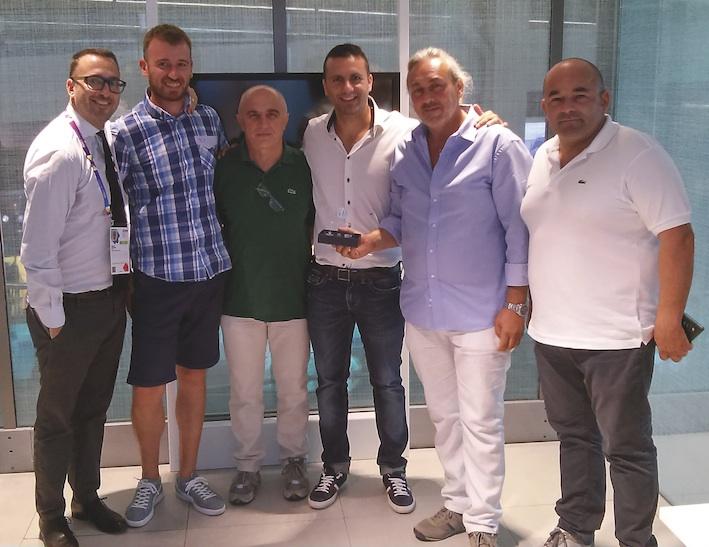 New Holland: un premio speciale al possessore del primo T9 venduto in Italia
