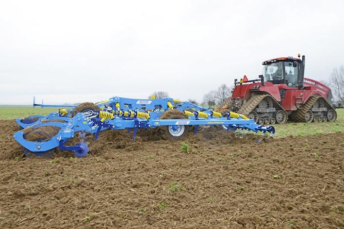Farmet: nuovo coltivatore Fantom Pro 1250, 12,50 metri di larghezza di lavoro