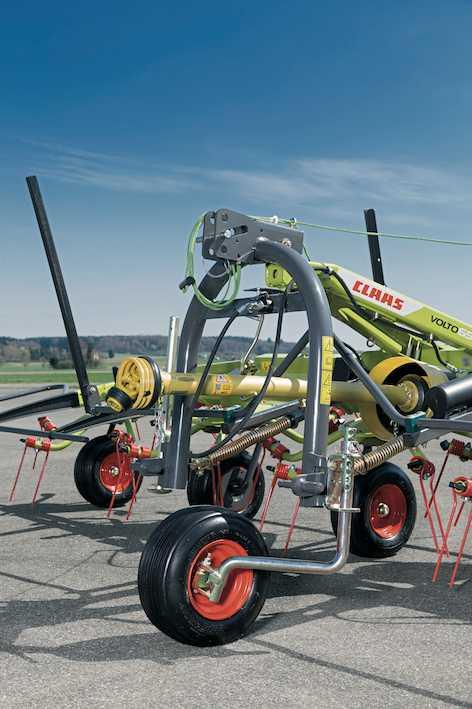 Claas:  nuove attrezzature per la fienagione