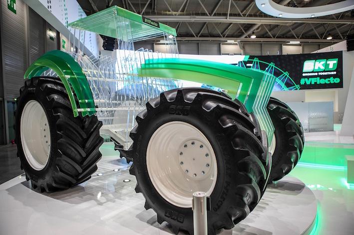 Bkt: nuovi pneumatici e non solo  ad Agritechnica 2017