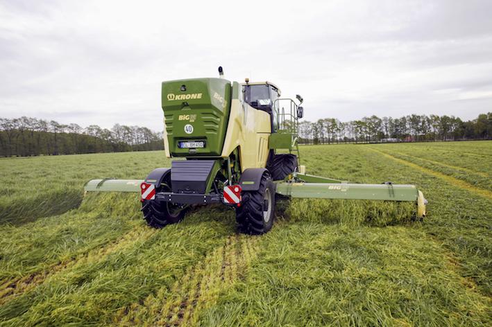 Krone: la nuova falciacondizionatrice semovente Big M 450