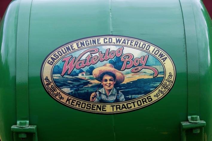 """John Deere festeggia 100 anni di trattori con il """"Weekend del Secolo"""""""