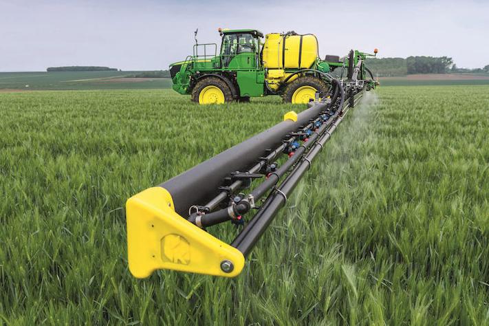 John Deere: un'acquisizione ed una partnership nel settore della protezione delle colture