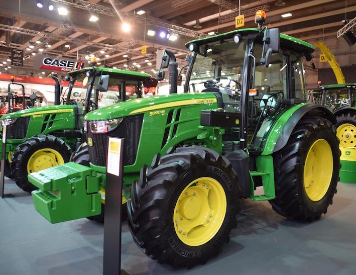 John Deere: prestazioni e comfort superiori per i nuovi trattori 5M