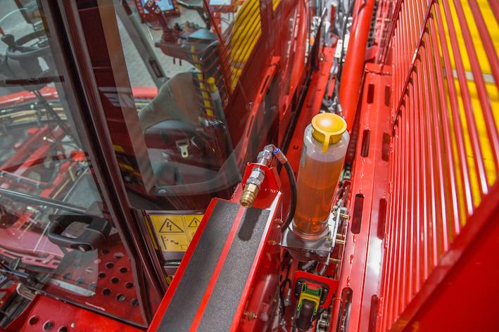 Grimme:  nuova raccoglipatate semovente Varitron 470 Platinum Terra Trac