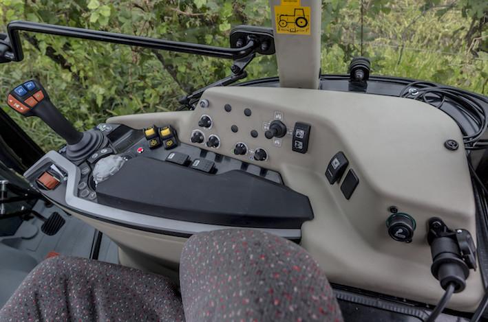 Massey Ferguson: nuovi standard di efficienza e produttività per gli inediti MF 3700