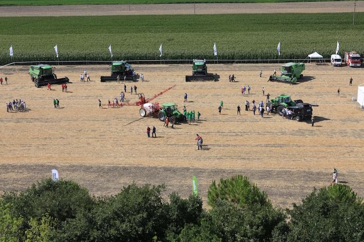 Deutz-Fahr Tour 2018: un'estate nel segno della tecnologia Deutz-Fahr
