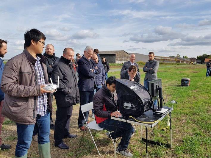 Progetto Flourish: un drone e un robot di terra lavorano in coppia