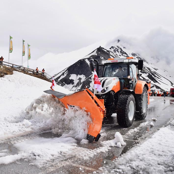 Steyr: dal campo alle applicazioni municipali, trattori su misura per ogni impiego