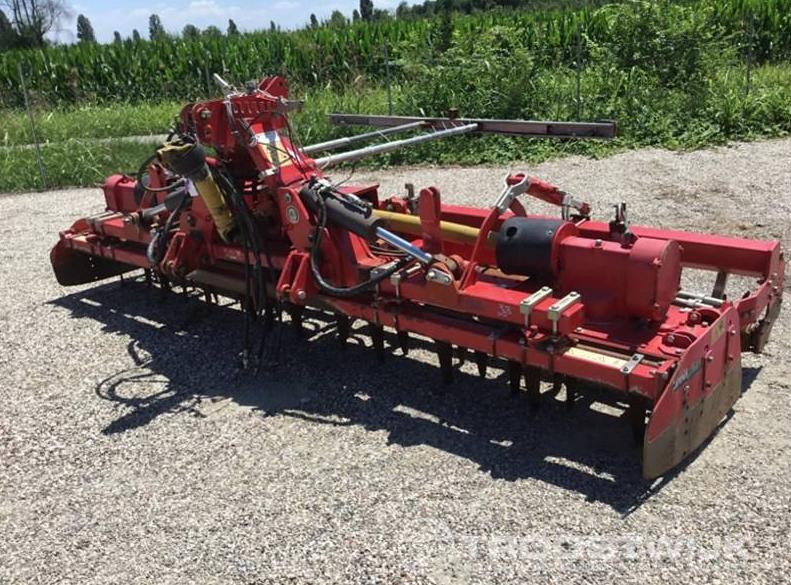 Troostwijk: una nuova asta on-line di macchinari agricoli