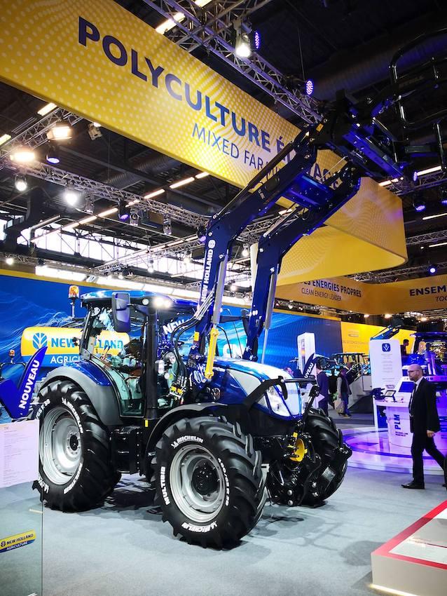 """New Holland: una trasmissione """"intelligente"""" per la nuova gamma T5 Auto Command"""