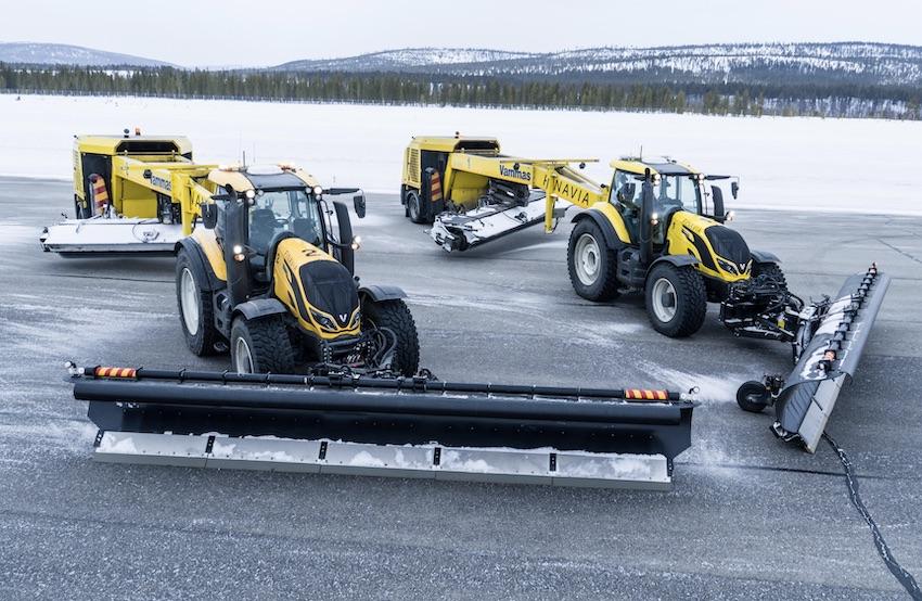 Valtra e Nokian Tyres: insieme in un progetto di rimozione autonoma della neve dalle piste degli aeroporti