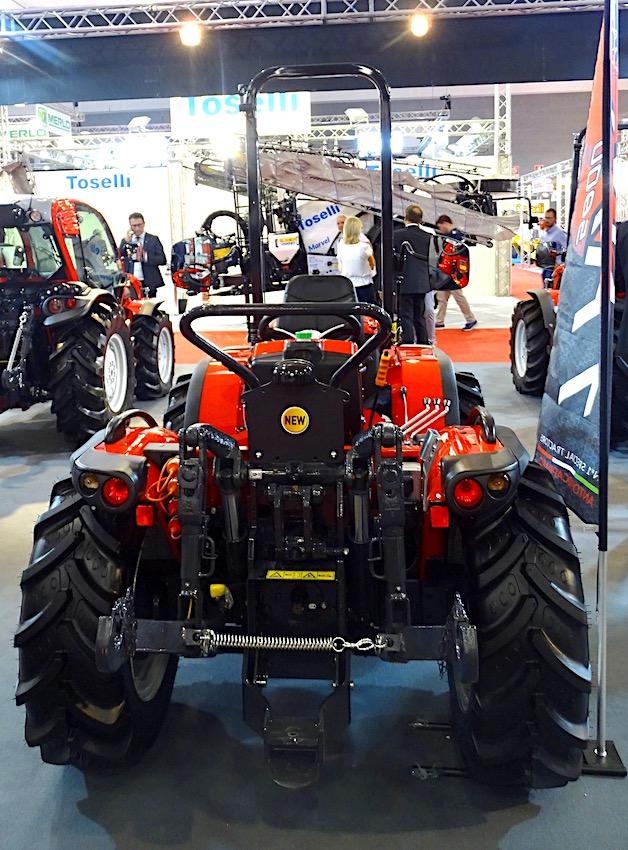 Antonio Carraro: TRX 5800, il nuovo reversibile nella fascia dei 50 cavalli