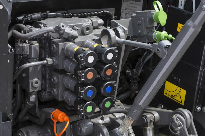 """Massey Ferguson: riflettori puntati su MF 5713 S Next Edition e MF 3709 in versione """"Alpine"""""""