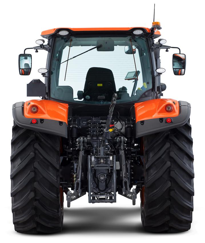 Kubota: nuovi trattori Serie M6002, perfetti per gli allevamenti