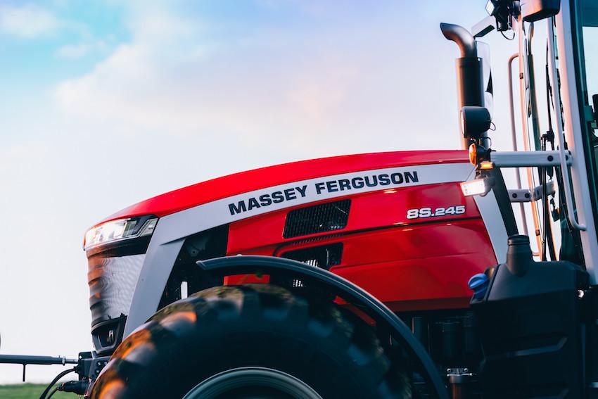 Massey Ferguson: nuova serie MF 8S, semplicità d'uso e affidabilità su scala globale